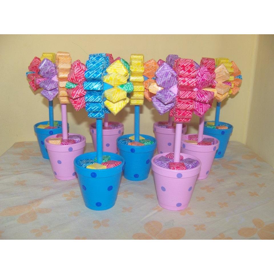 Centros de mesa con golosinas y globos para fiestas for Centros de mesa con chuches