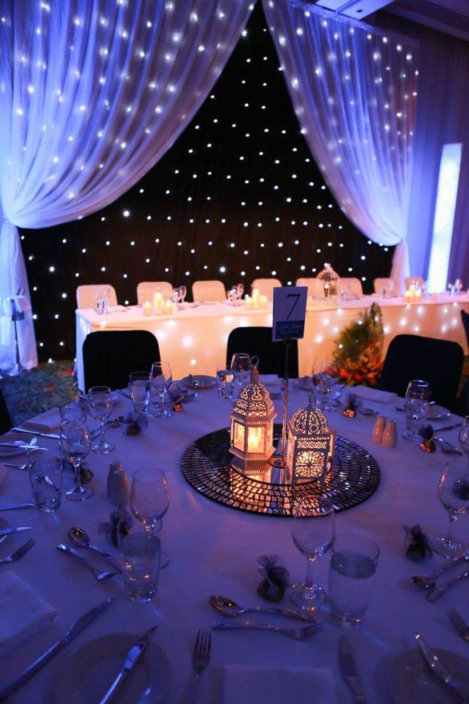 Centros de mesa para boda 135 fotos con dise os increibles for Mesas de vidrio de diseno