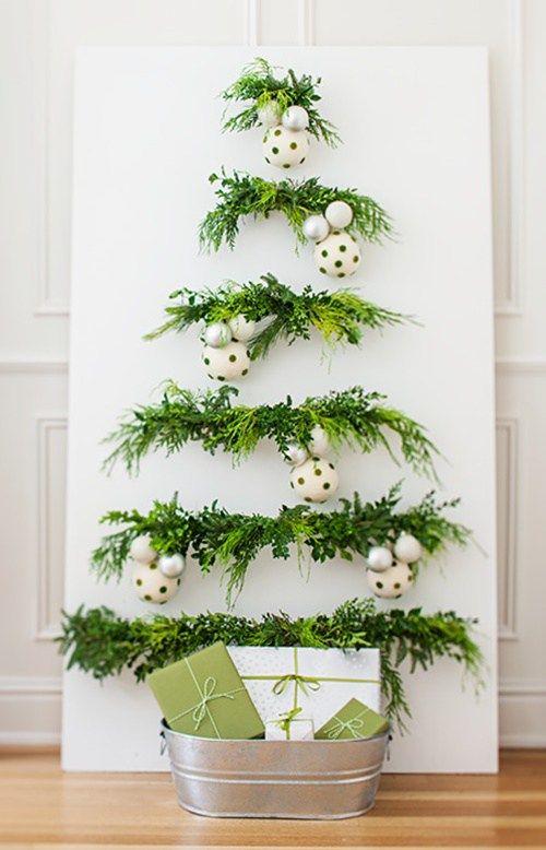 Arreglos para mesa navide os 2018 2019 for Puertas decoradas con flores de papel