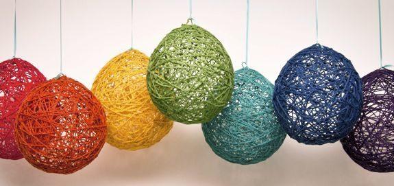 Adornos colgantes para fiestas for Adornos para navidad hechos en casa