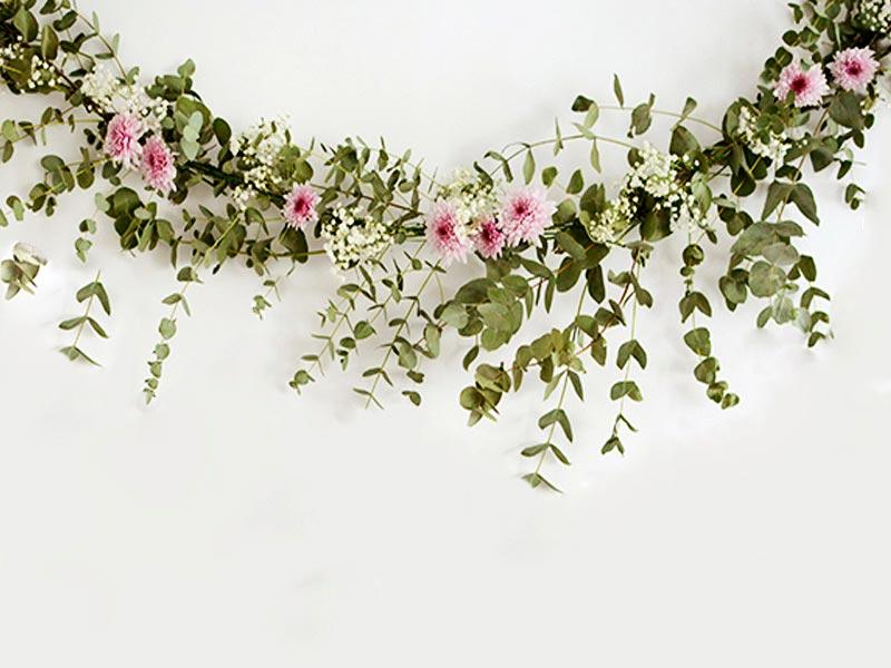 Flores El Elemento Ideal Para Tu Pastel De Bodas: Guirnaldas Originales Para Decorar Fiestas