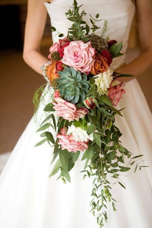 Arreglos florales espectaculares y centros de mesa con flores para ...